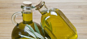 hellenicg groves olive oil2